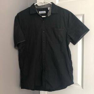 Short sleeved button down (men's)